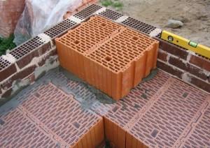 1_2_vozvedenie sten iz blokov_2