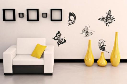 Декорировать стены трафаретами
